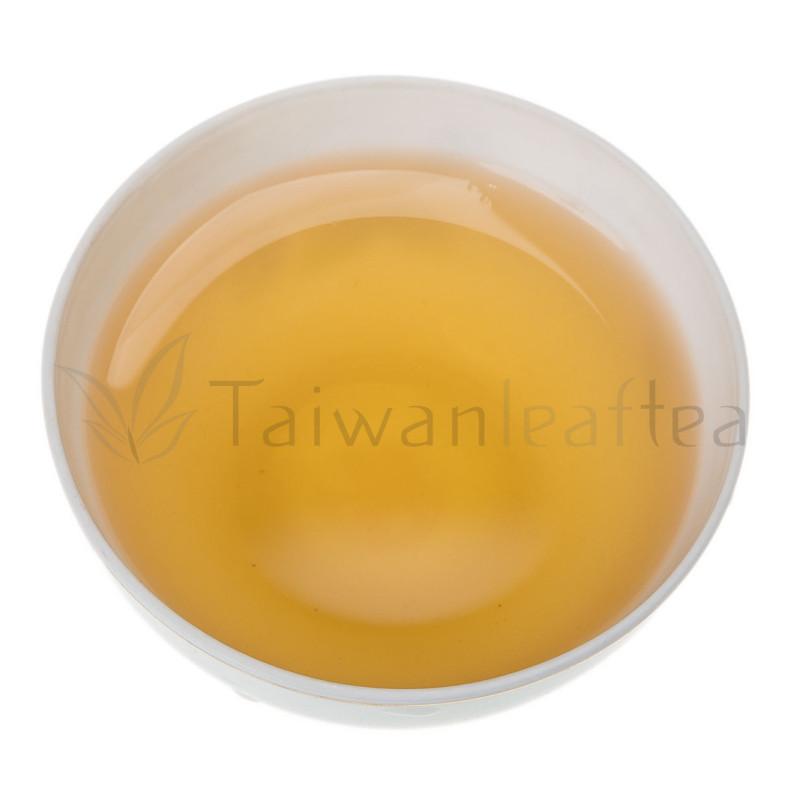 Высокогорный улун Восточная красавица (Alpine Oriental Beauty Oolong Tea / Dongfang Meiren) Image 1