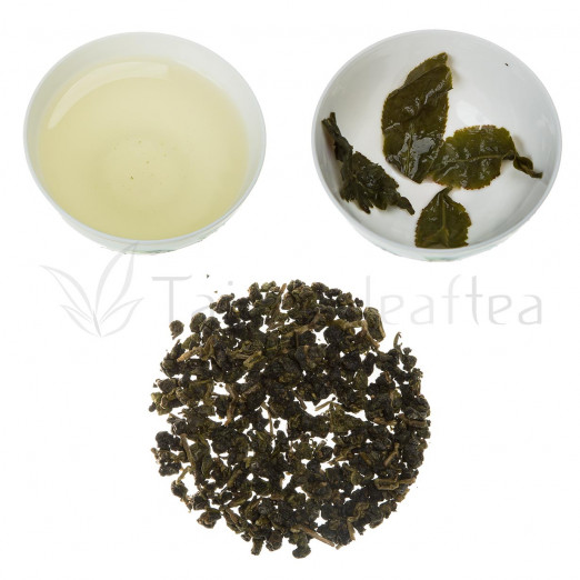 Full Aroma Organic Alpine Oolong from Dayuling (濃大禹嶺)