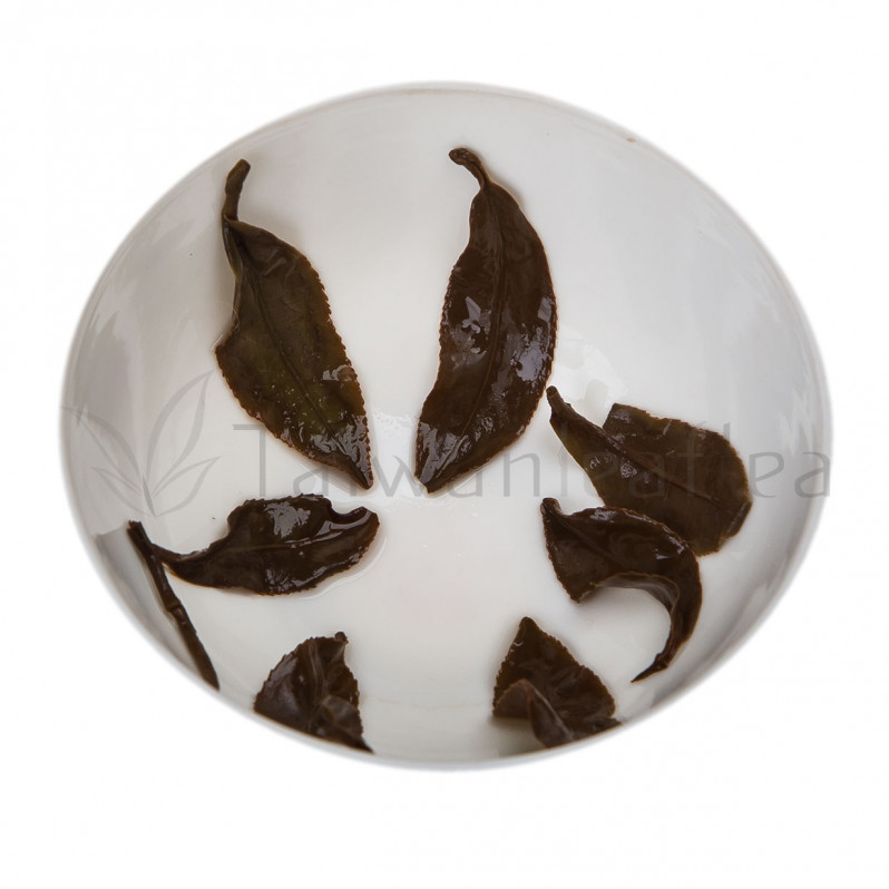 Li Shan Oriental Beauty Oolong Tea / Dongfang Meiren (梨山東方美人茶) Image 3