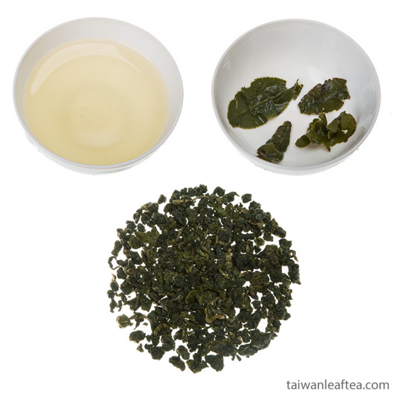 Rare Organic Dayuling Oolong Tea from Alpine Plantation (大禹嶺) Main Image